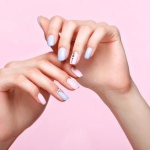 Move-Gel-Manicure